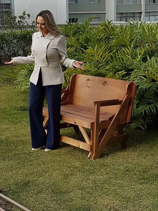 Mesas de Madeira Que Abre e Fecha em Embu Guaçú - Mesa de Madeira Quadrada 4 Lugares