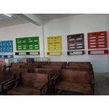 mesas de madeira dobrável em Araraquara